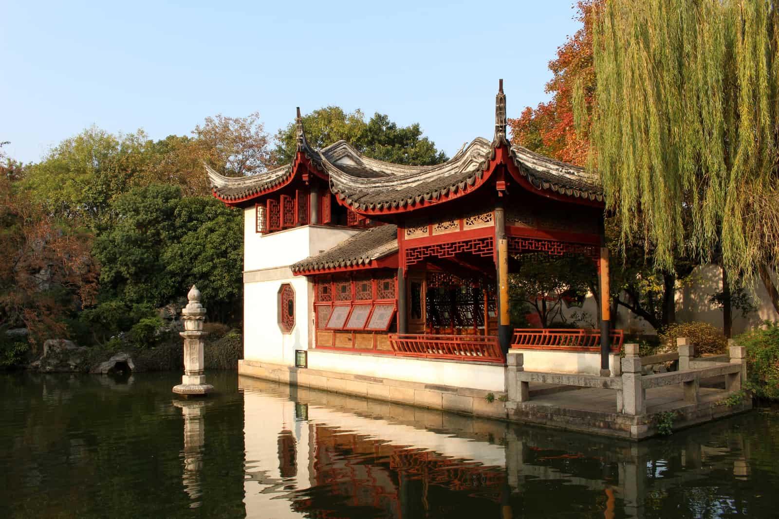 Tongli Water Town Hall