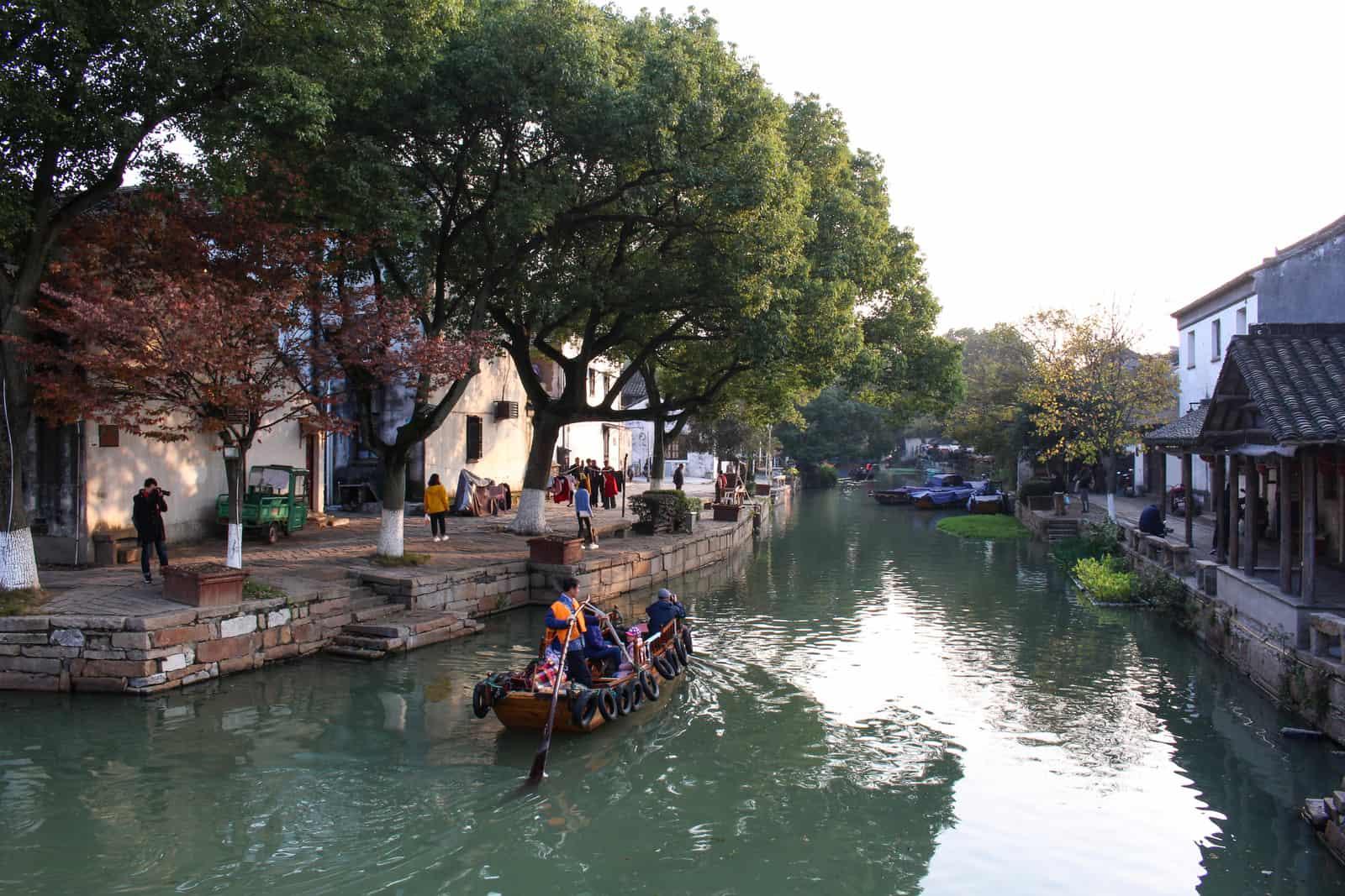 Tongli Water Town Boat