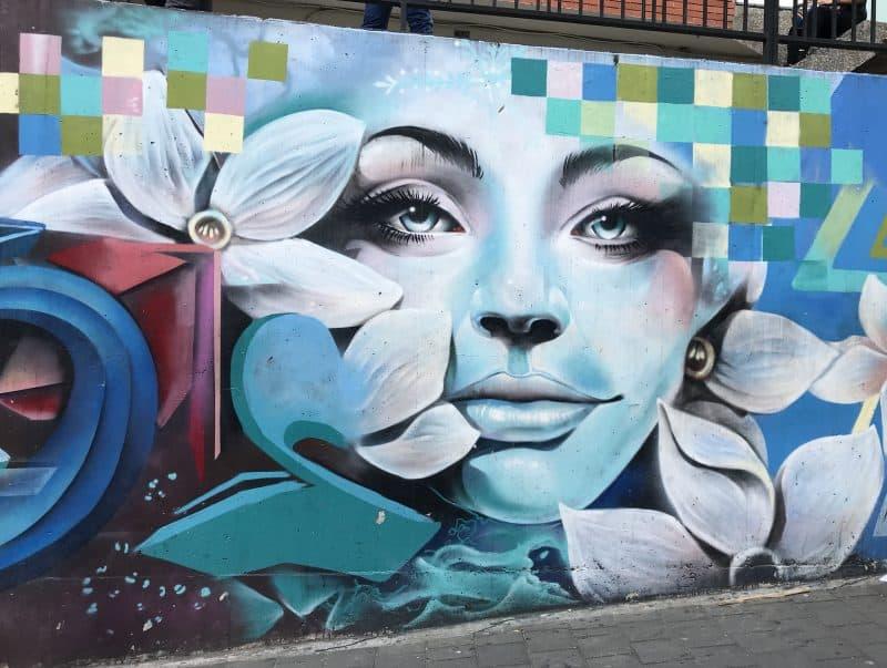 Grafiti Comuna 13 Face